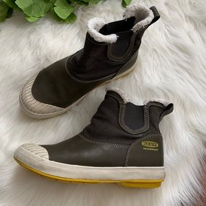 Keen | Elsa Chelsea Fleece Lined Waterproof Boot